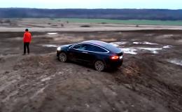 Tesla Model X, off-road, česko, elektromobil Tesla
